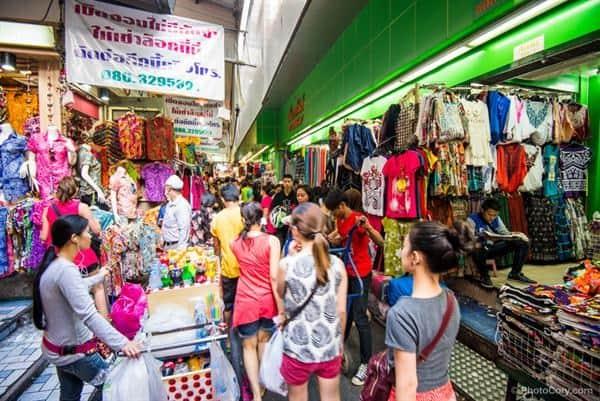 Quần áo ở Thái rất đa dạng (Ảnh ST)