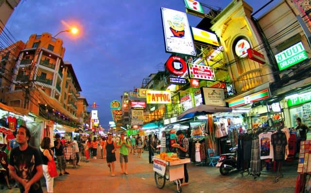 Phố Khao San điểm đến du lịch Bangkok vô cùng lý thú (Ảnh ST)