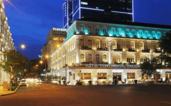 Khách sạn continental nằm ngay trung tâm thành phố