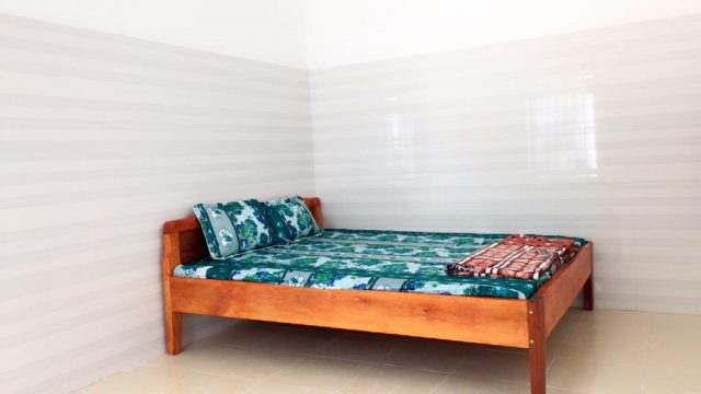 Phòng nghỉ khá đơn giản trong khách sạn (Ảnh ST)