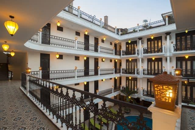 Acacia Heritage - Khách sạn Hội An lung linh dưới ánh đèn (Ảnh ST)