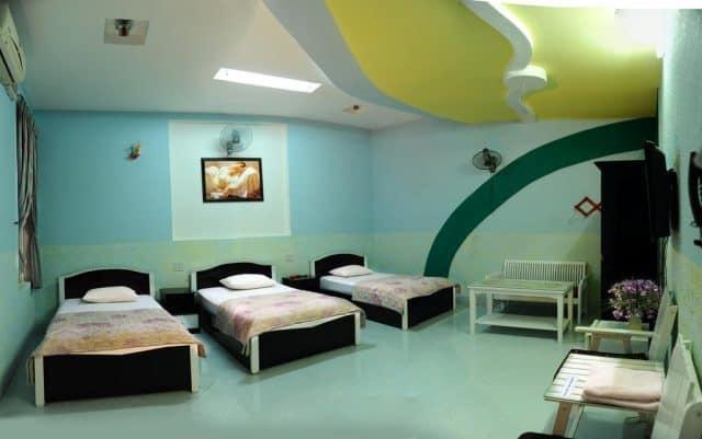 Khách sạn cung cấp đa dạng các loại phòng cho du khách (Ảnh ST)