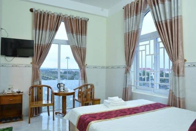 Phòng nghỉ rộng rãi thoáng mát trong khách sạn (Ảnh ST)