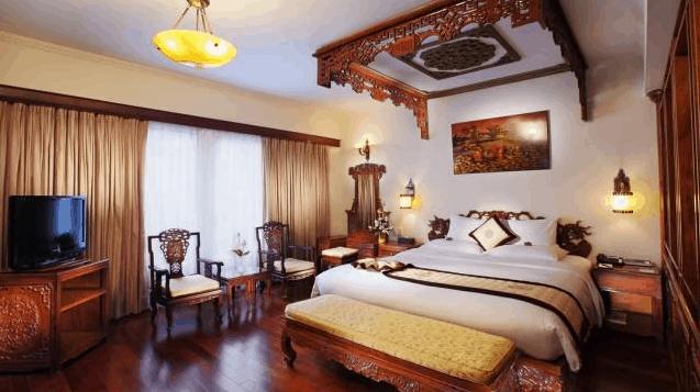 Phòng ngủ với phong cách trang trí đậm nét văn hóa Việt