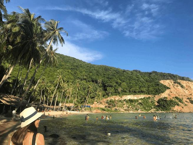 Địa điểm lý tưởng cho du khách tắm biển