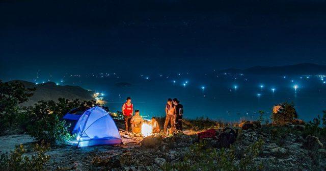 Cắm trại qua đêm để trải nghiệm Nha Trang hoàn toàn khác (Ảnh ST)
