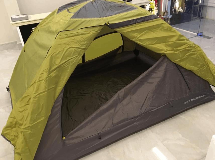 Du khách có thể thuê lều ngủ ngoài trời tại khách sạn