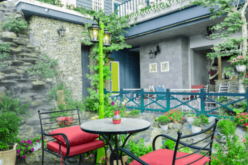 Lâu đài phố cafe được lấy ý tưởng từ những ngôi nhà cổ ở Anh