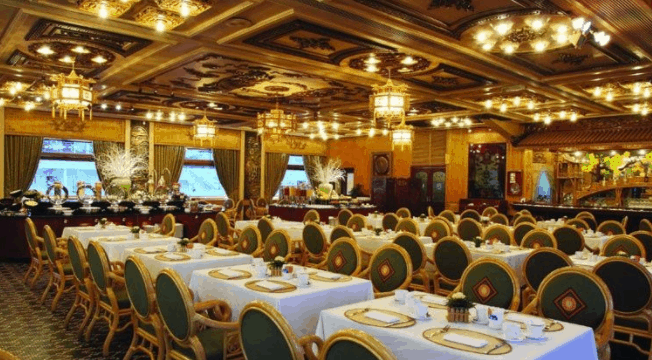 Nhà hàng cao cấp tại khách sạn Rex