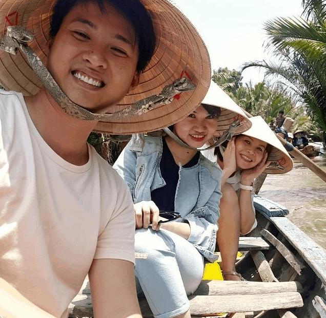 Tận hưởng niềm vui tại khu du lịch Lan Vương