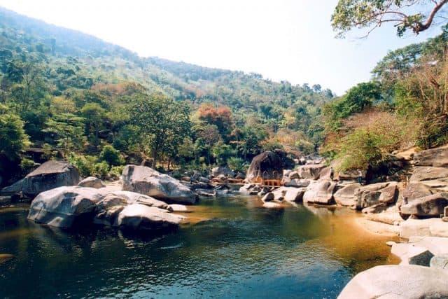 Dòng suối trong vườn quốc gia Chư Yang Sin (ẢNH ST)