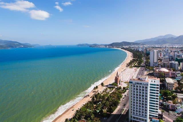 Bãi biển Nha Trang (Ảnh ST)
