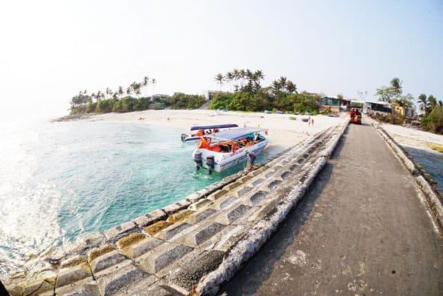 Bến tàu trên đảo (Ảnh ST)