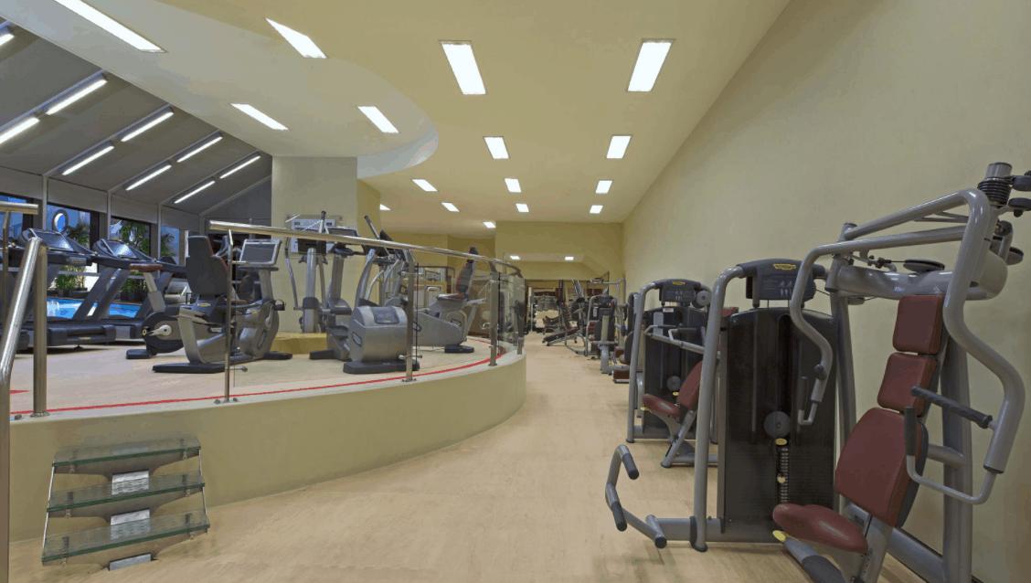Tăng cường sức khỏe tại phòng tập thể dục của Sheraton Saigon