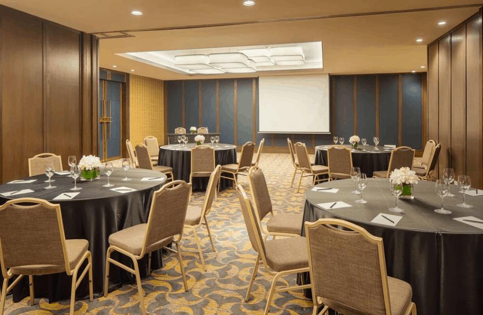 Trải nghiệm dịch vụ phòng họp tốt nhất tại Sheraton Saigon