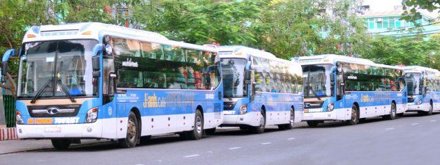 Xe khách từ các thành phố lớn đi Nha Trang cũng rất nhiều (Ảnh ST)