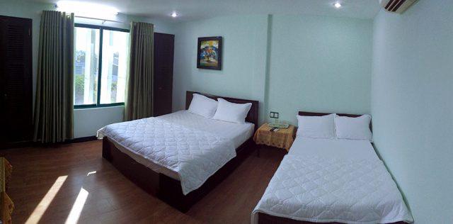 Phòng ngủ rộng rãi, sạch sẽ EMT Homestay (Ảnh: ST)