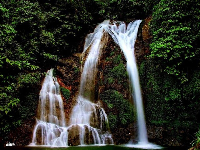 Cửu thác Tú Sơn - dải lụa bạc giữa núi rừng (Ảnh: ST)