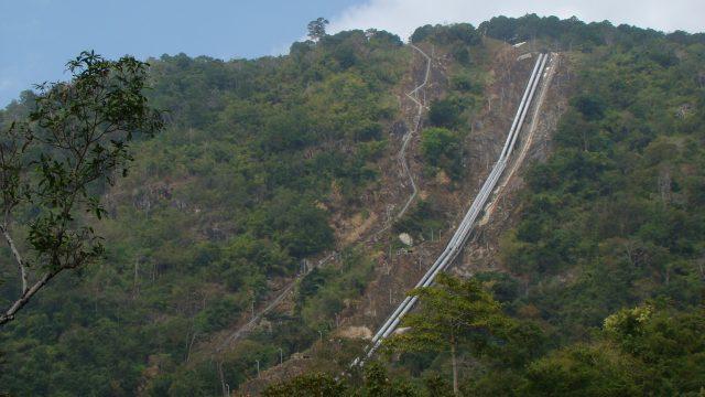 Đường ống dẫn nước về thủy điện Đa Nhim (Ảnh ST)