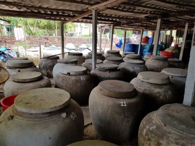 Nghề nước mắm truyền thống tại Tam Hải (Ảnh ST)