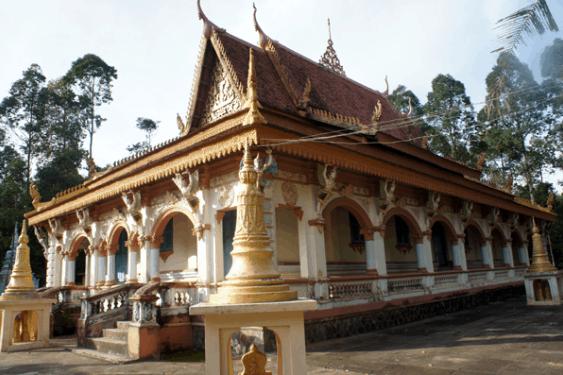 Chùa Âng - ngôi chùa các Phật tử không nên bỏ qua nếu du lịch Trà Vinh