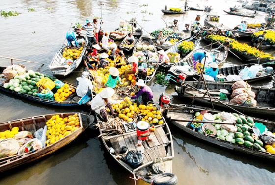 Một trong những địa điểm du lịch Tiền Giang không nên bỏ qua là chợ nổi Cái BèMột trong những địa điểm du lịch Tiền Giang không nên bỏ qua là chợ nổi Cái Bè