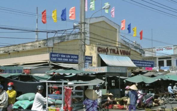 Ghé chợ Trà Vinh, nhớ thưởng thức vài món ngon đặc sản tại đây nhé!