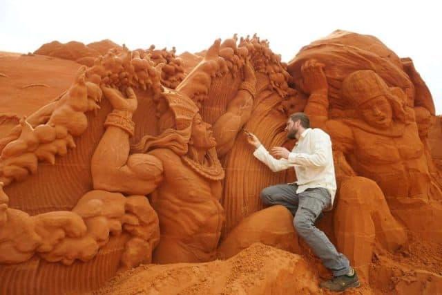 """""""Công viên tượng cát"""" đầu tiên trên thế giới ở Việt Nam"""