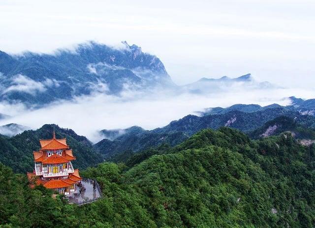 Núi Bạch Vân Trung Quốc