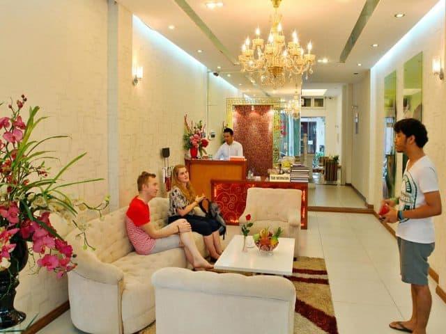 Sảnh lễ tân tiếp khách của khách sạn (ảnh ST)